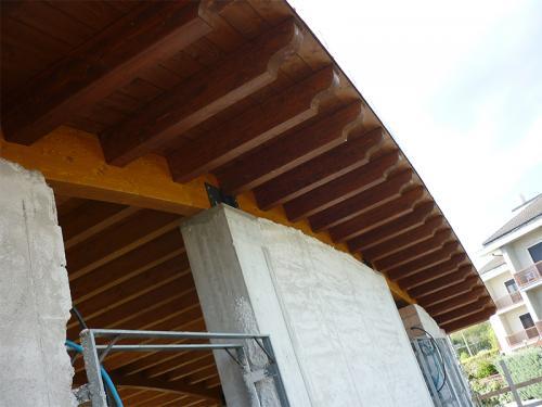 Edificio copertura in legno